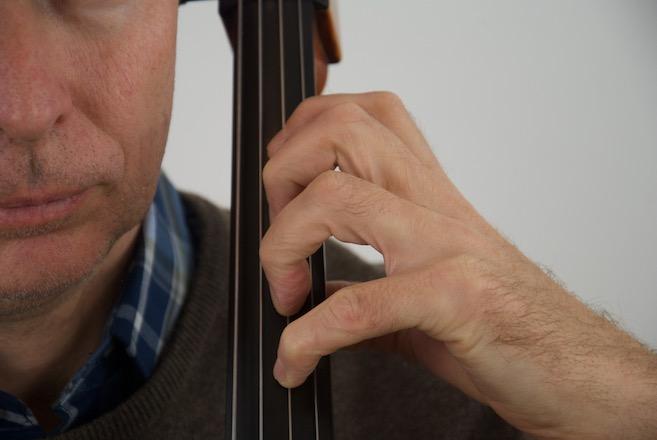 Handstellung auf dem Cello